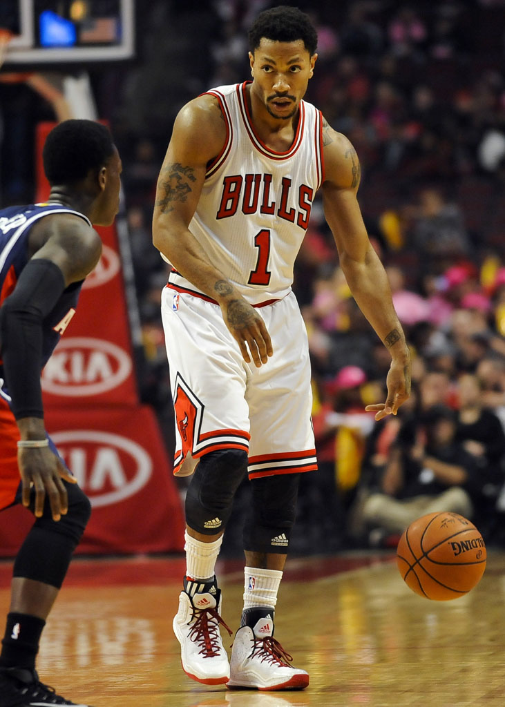 Derrick Rose wearing adidas D Rose 5 Boost Home (4)