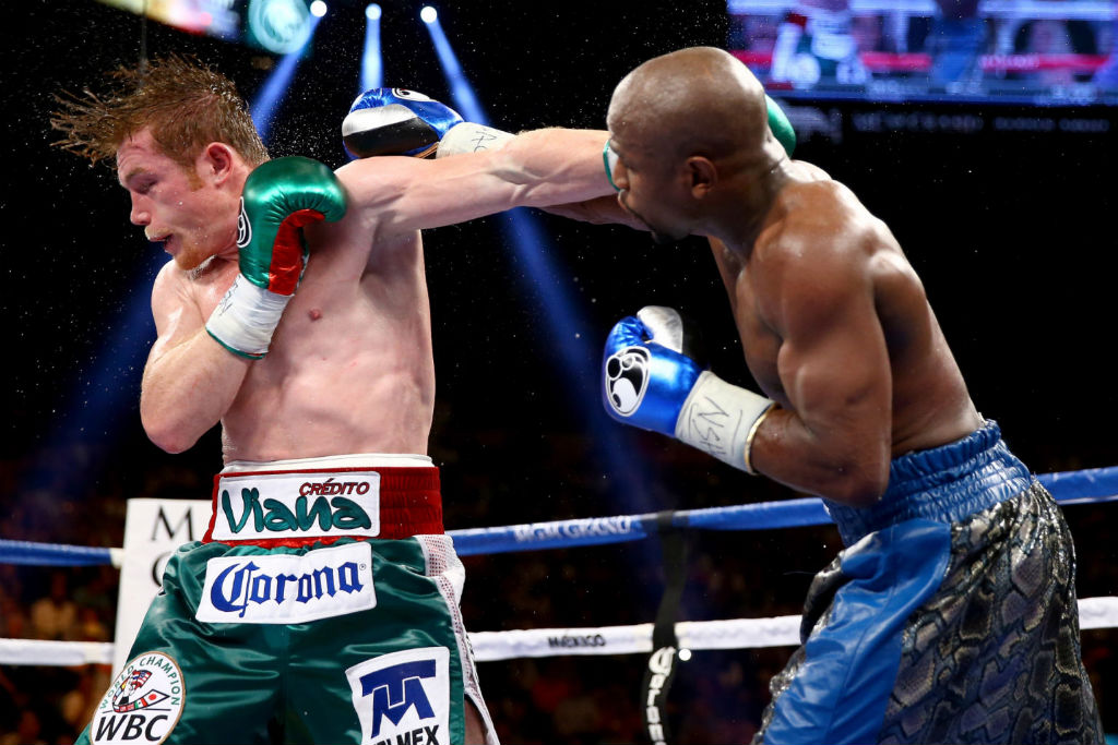 Floyd Mayweather Moves To 45-0 With Decision Over Canelo Alvarez (6)