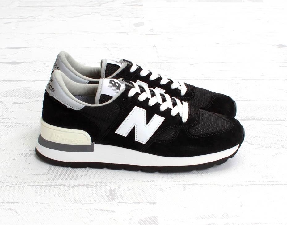 new balance black and white