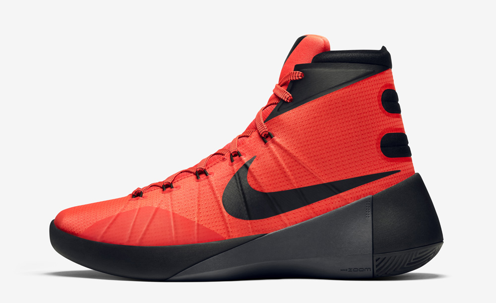 san francisco 7dd4a 2176f The Nike Hyperdunk 2015 Is Inspired by the Nike Mag