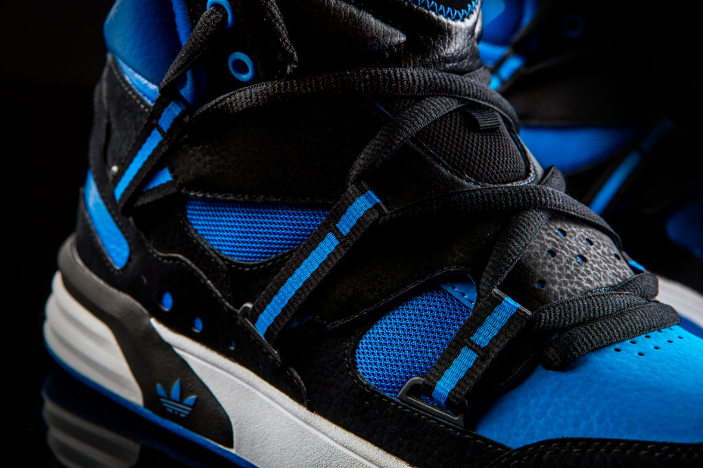adidas Originals Roundhouse Instinct Black Blue Q32910 (2)