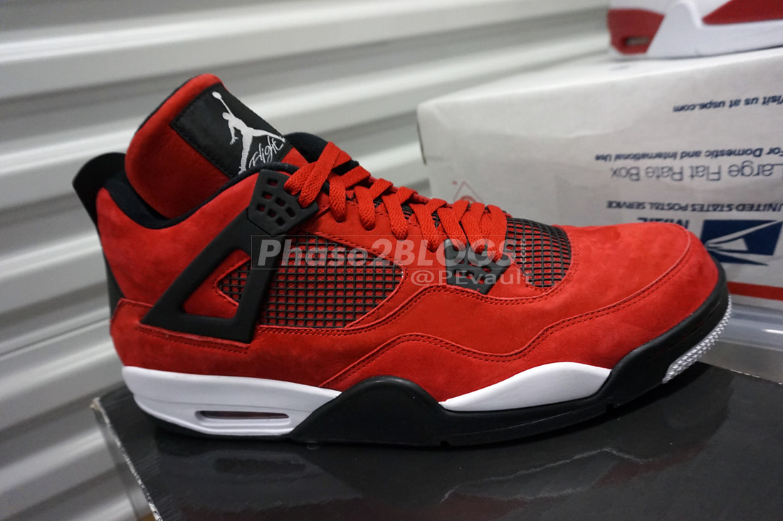 5b05ae65625d 33 Air Jordan 4 Player Exclusives That Never Released