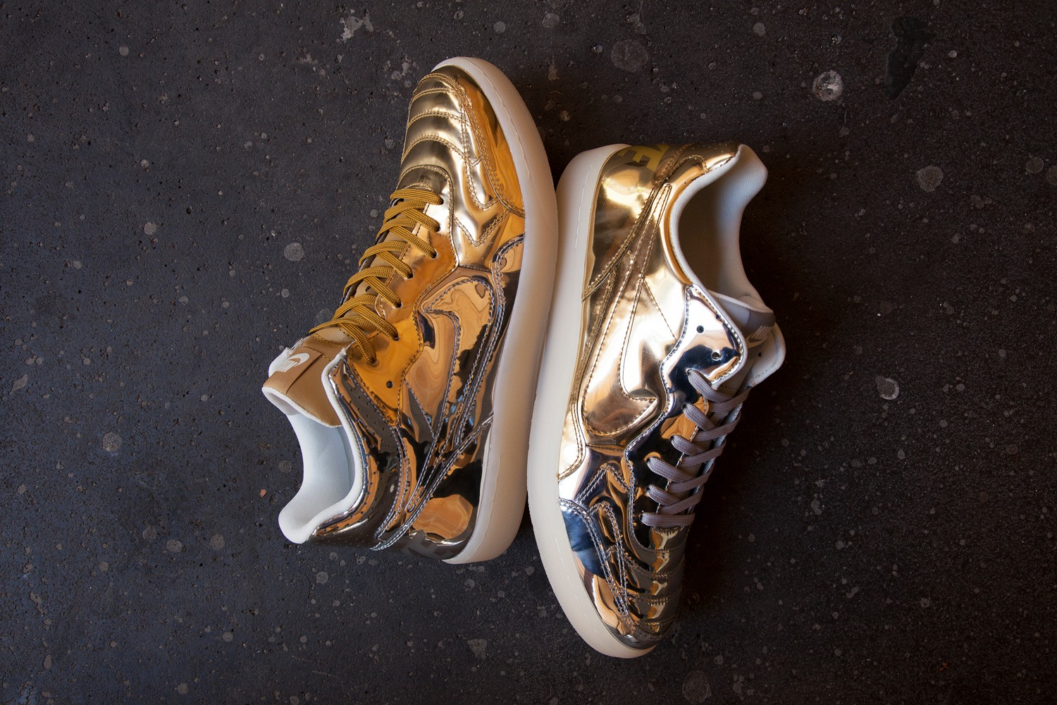 differently 94b18 e29fe Nike mixes gold and silver with the new