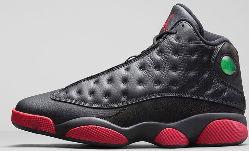 air jordan 13 retro black\/gym red-black background