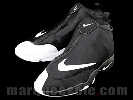 Look for the Nike Zoom Flight '98