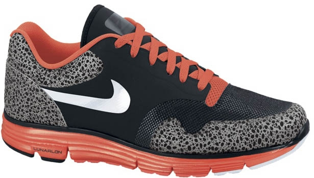 Nike Lunar Safari Fuse+ Black/White-Bright Crimson-Dark Grey