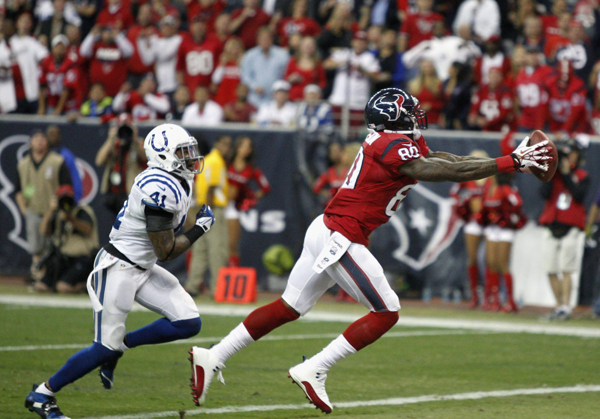 Andre Johnson Wearing Air Jordan 12 XII White/Red PE Cleats (6)
