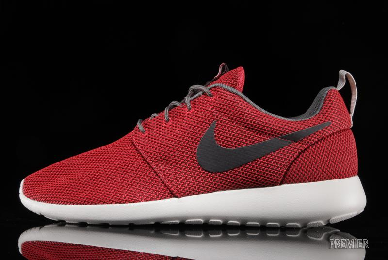 Cheap Buy Nike Roshe Run - University Red / Velvet Brown | Sole Collector