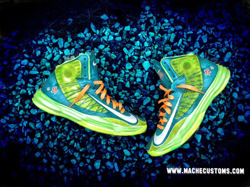 "Nike Lunar Hyperdunk 2012 ""Scooby Snacks / Mystery Machine"" by Mache Custom Kicks (1)"