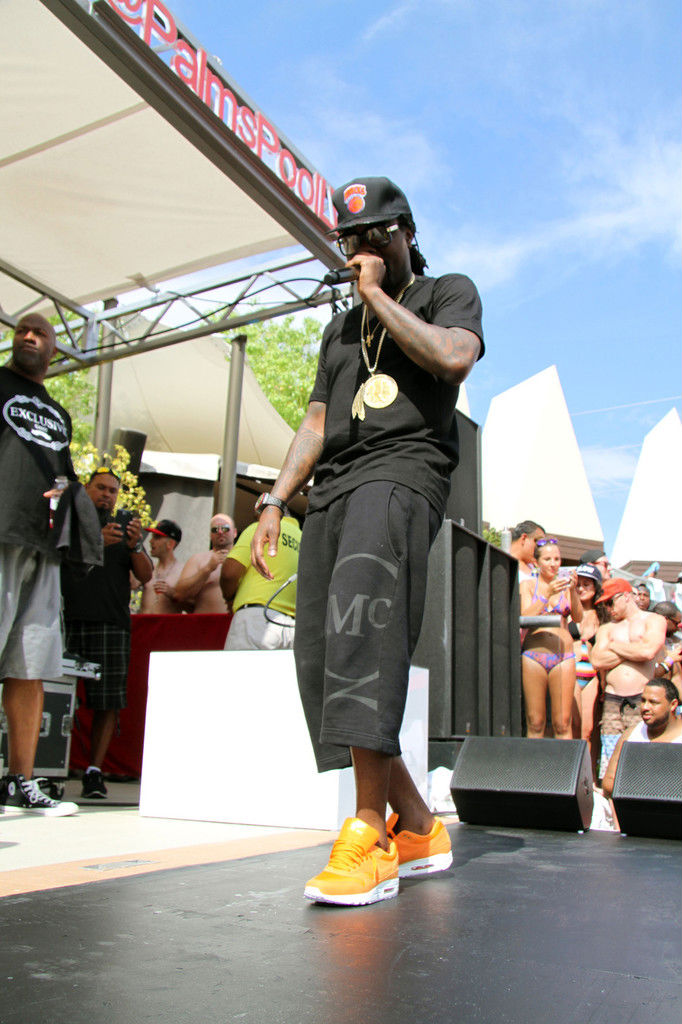 Wale wearing Nike Air Max 1 Orange Ripstop Nylon Pack (5)