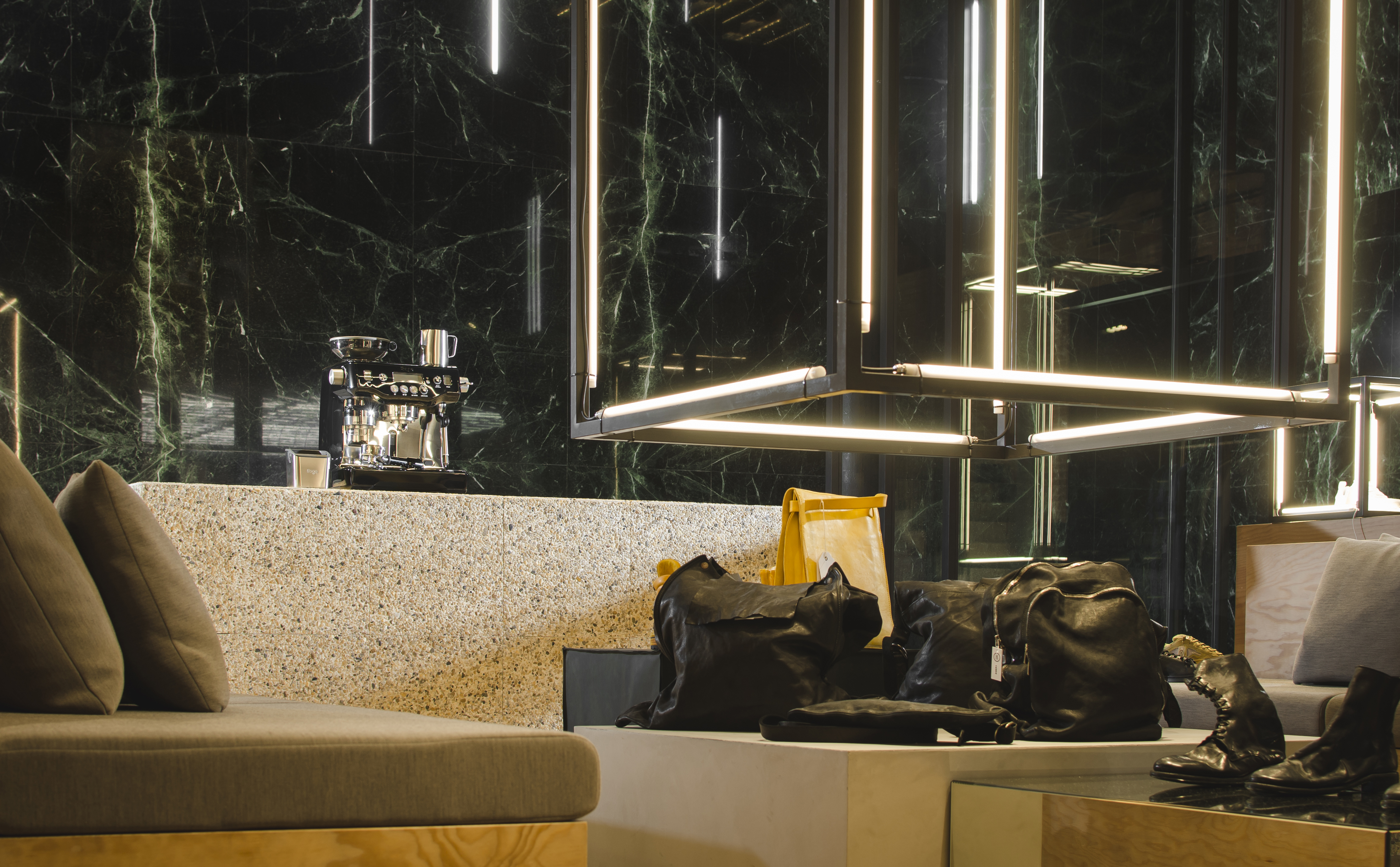 SVD Sneaker Store Spain Sivasdescalzo 09