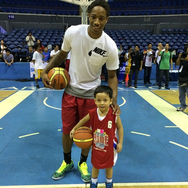 reputable site 05032 0a449 DeMar DeRozan wearing Nike Kobe IX 9 EM Easter