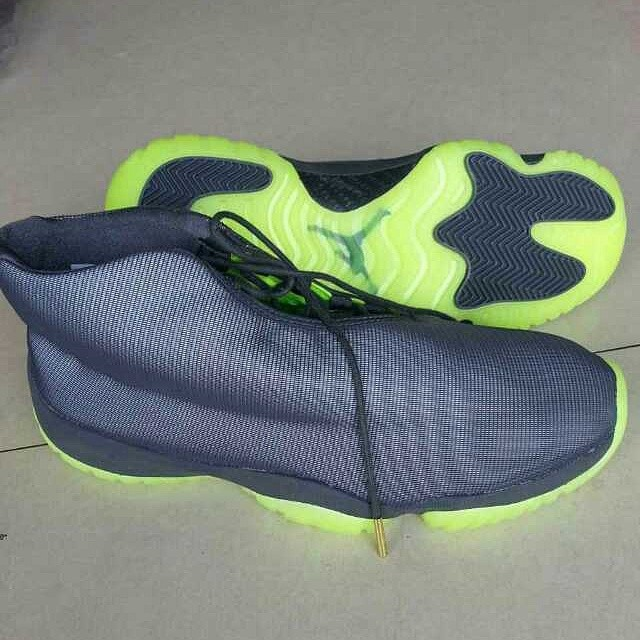 Air Jordan Future 3M Reflective Grey (4)