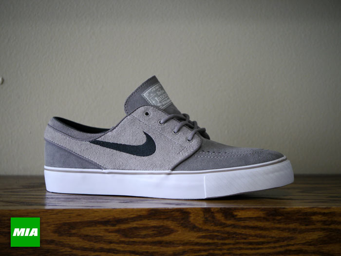 Nike Zoom Stefan Janoski - Soft Grey Black-Medium Grey  d99e85e7a