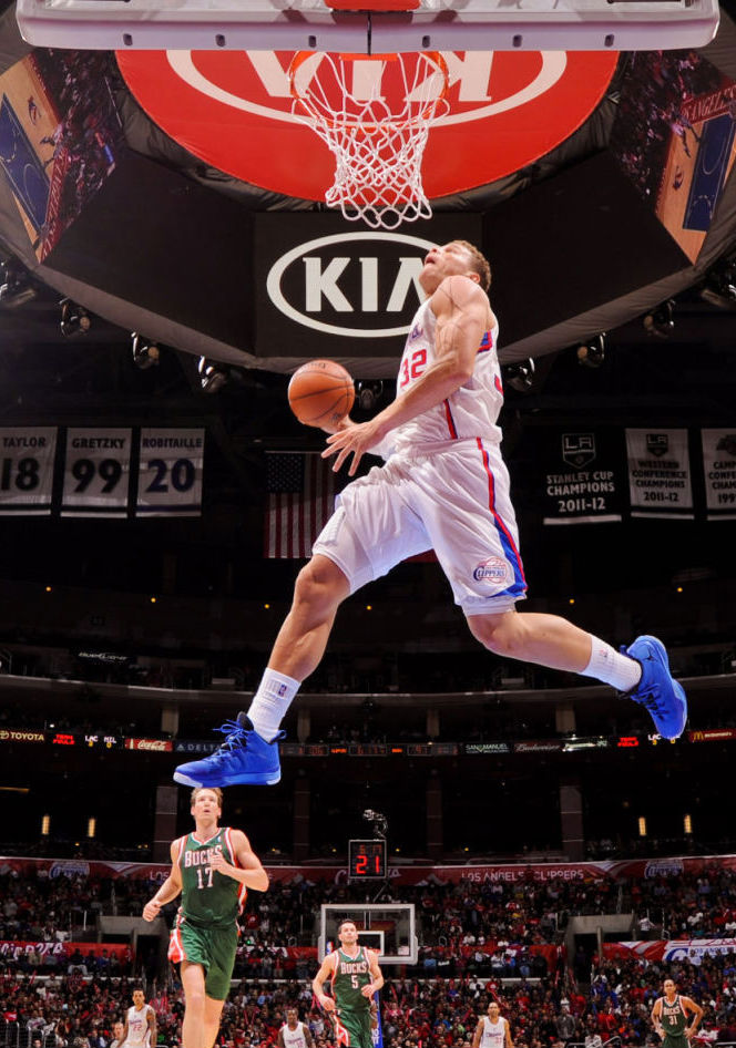 The Season // Top 10 Dunks - Jamal Crawford to Blake Griffin Alley Oop (2)