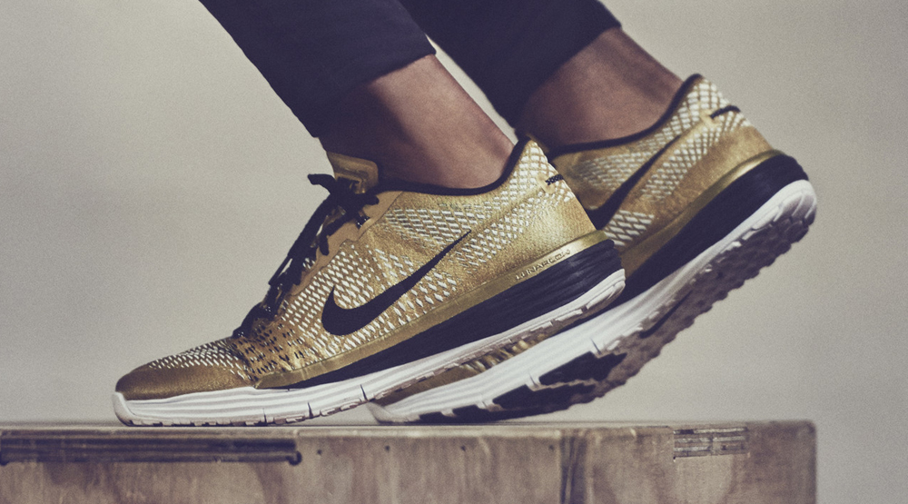 c75a33e13cb383 Nike Made Gold Sneakers for the World's Greatest Athlete | Sole ...