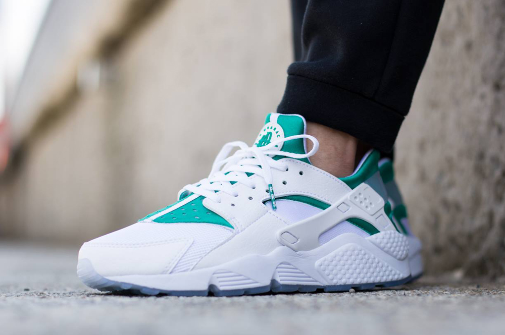 huge discount b9024 acf8c An On-Feet Look at the Nike Huarache  City Pack    Sole Collector