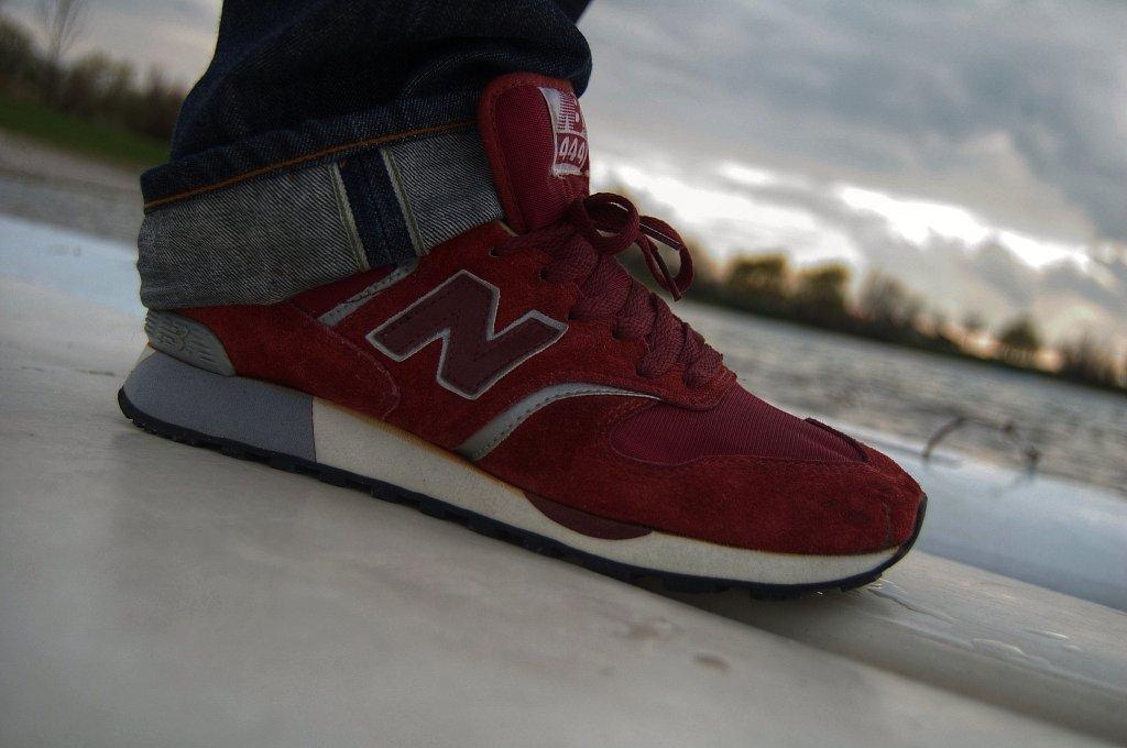 new balance 444
