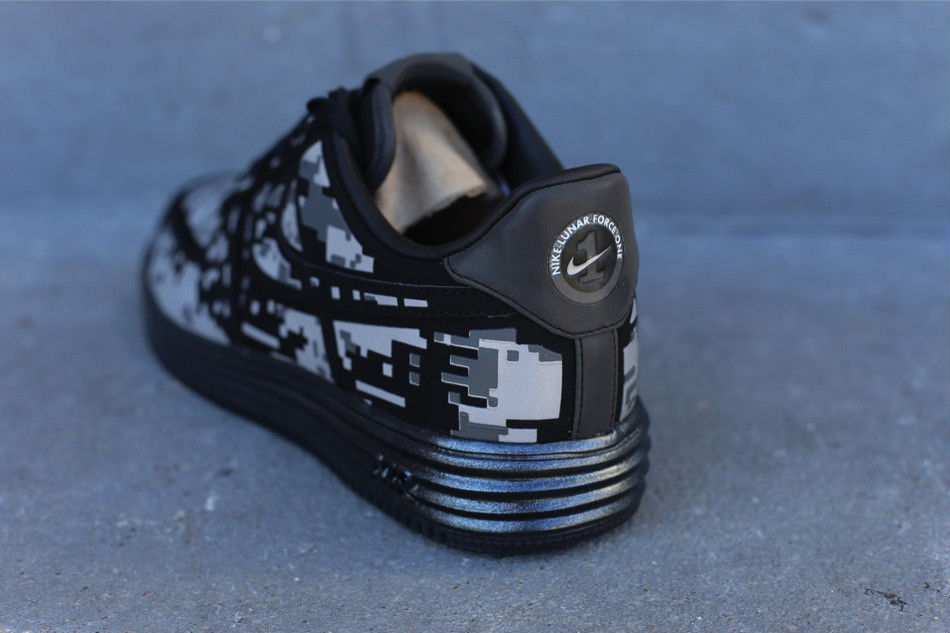 new style 95b00 77638 Nike Lunar Force 1 Digi Camo 577659-001 (3)