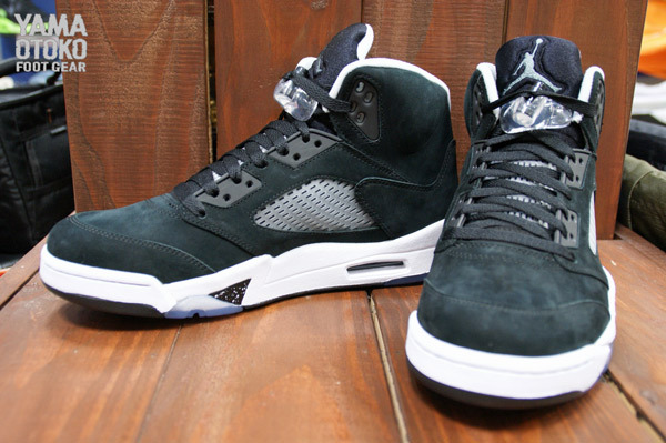 Air Jordan 5 Retro in Black Cool Grey and White