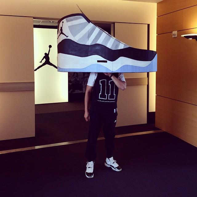 Best Sneakerhead Halloween Costumes of 2014 Sneakerhead & SoleHalloween: The 10 Best Sneakerhead Halloween Costumes | Sole ...
