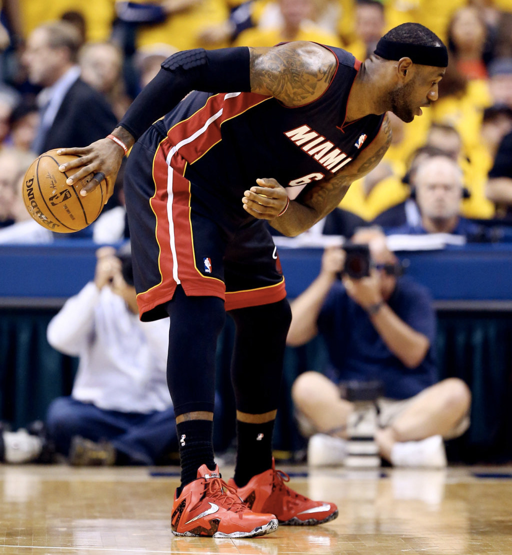 644faf5bf7d All Of The Times LeBron James Wore The Nike LeBron 11 This Season ...