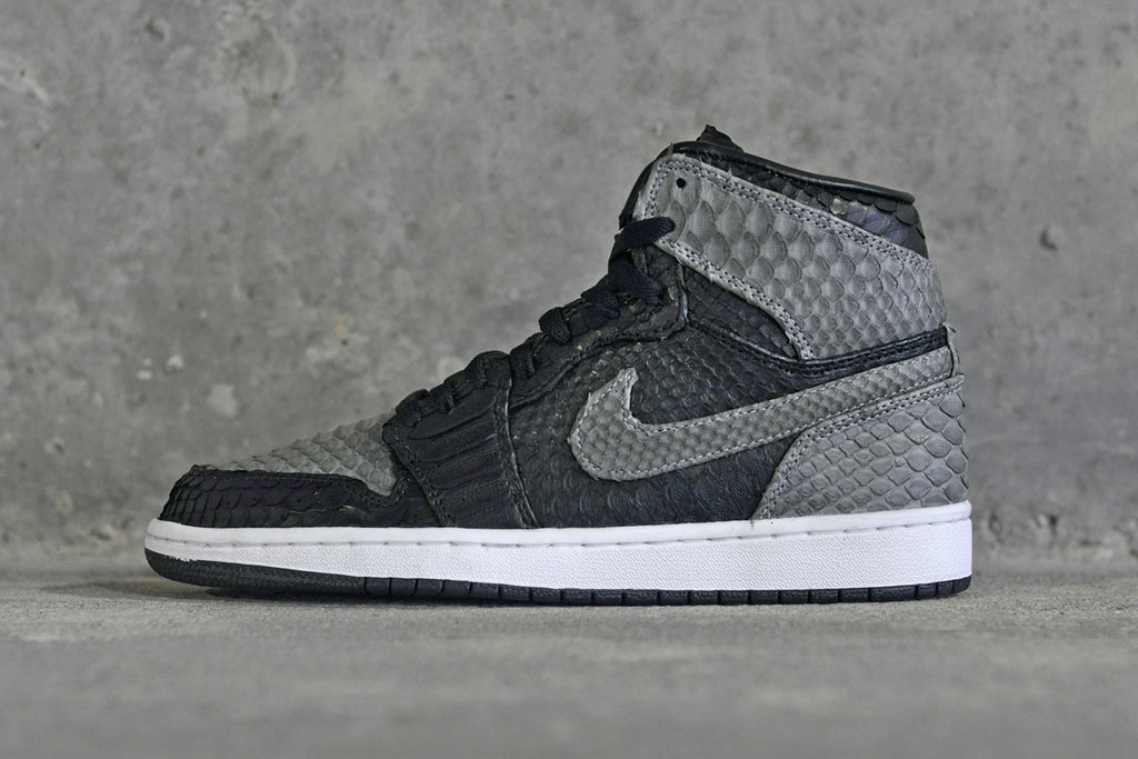 Air Jordan 1 Python 'Shadow' by JBF Customs (1)