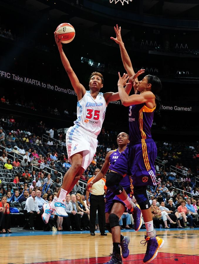 Angel McCoughtry wearing Nike Zoom KD IV N7 Home