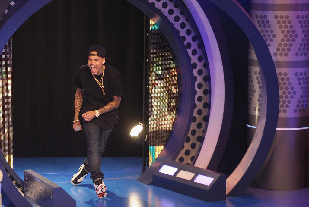 Chris Brown wearing Air Jordan XIII 13 White Black (2)