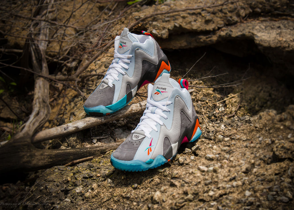 "Packer Shoes x Reebok Kamikaze II x Mitchell & Ness ""Remember The Alamo"" Capsule Collection (4)"