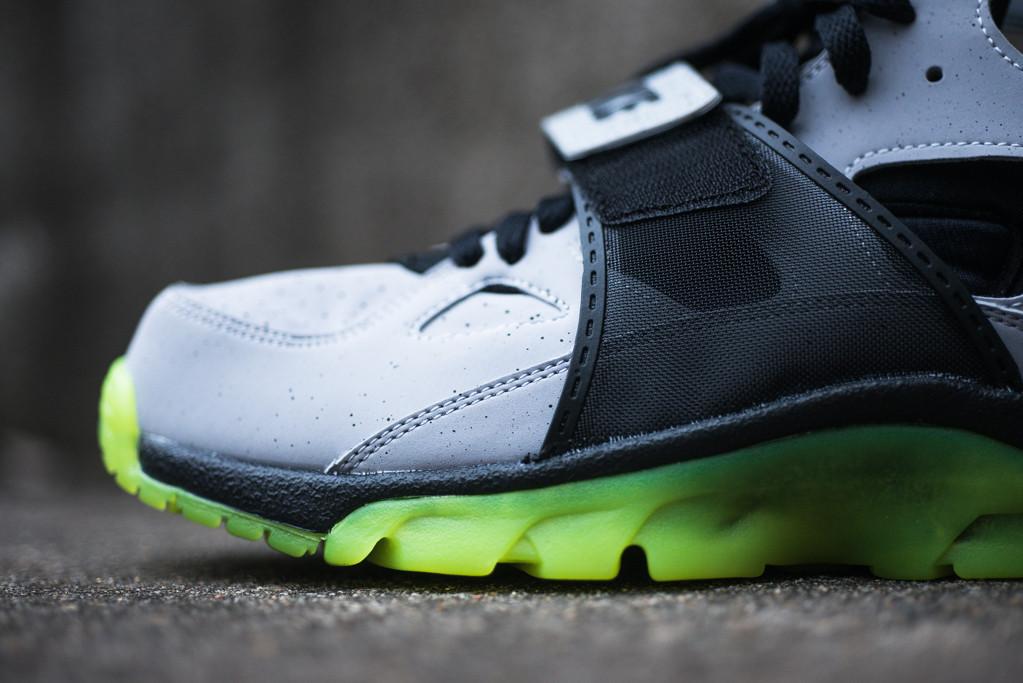 Nike Air Trainer Huarache PRM QS 'NYC' | Sole Collector