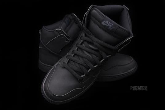 all black nike dunks