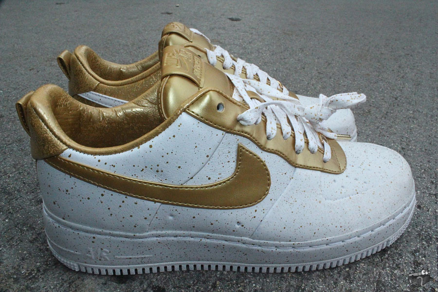 air force one supreme white and gold