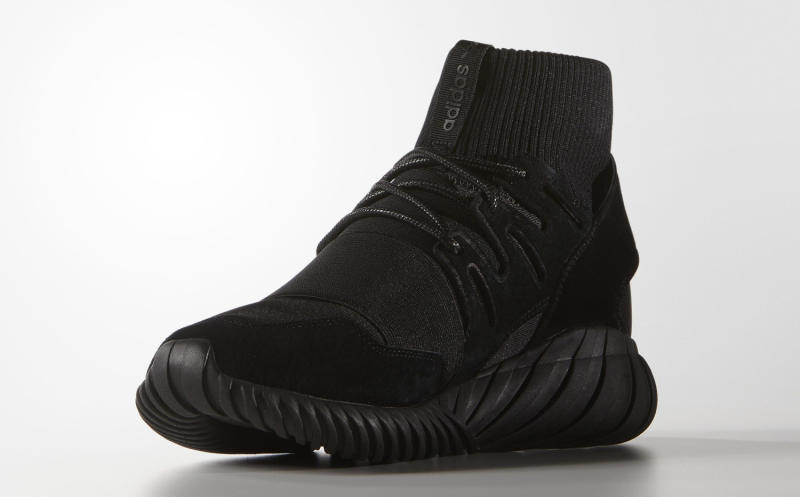 Adidas Tubular Doom Blackout