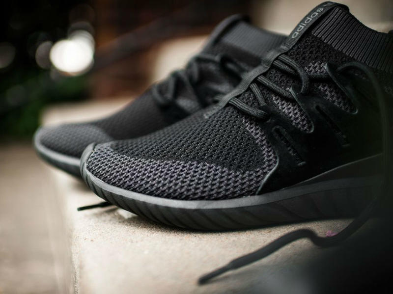 adidas tubular nova triple black