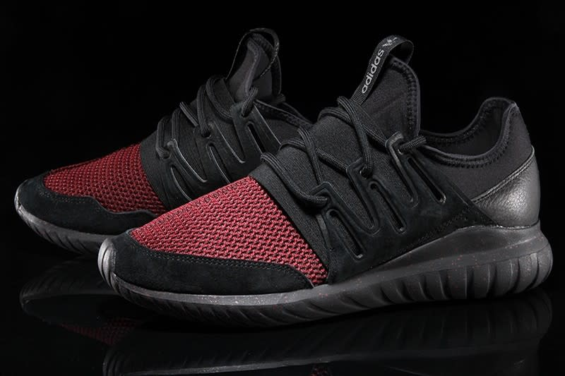 adidas tubular radial black