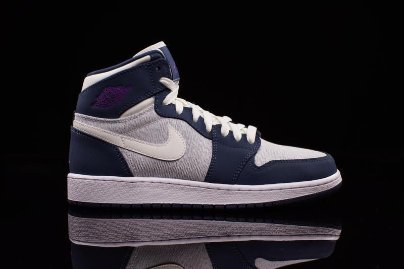 Air Jordan 1 Retro High Girls Hyper Violet 332148-117 (2)