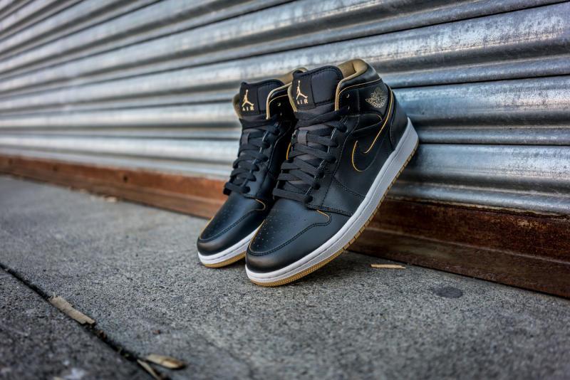Air Jordan 1 Mid Black Gold (6) 32d6e77a3f4b