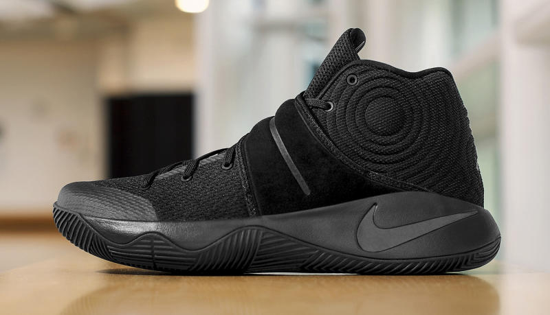 Nike Kyrie 2 Triple Black Sole Collector