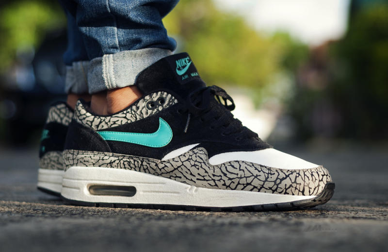 Cheap Nike Air Max 1 Ultra Flyknit Oreo