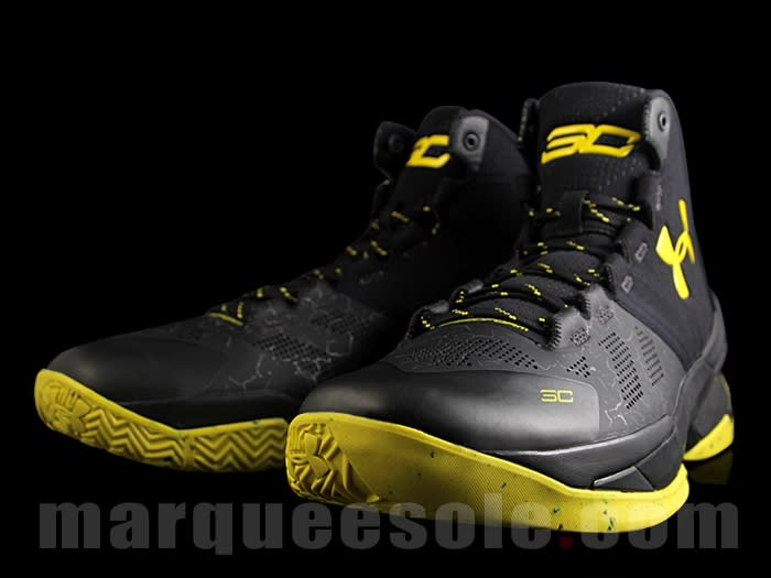 "Curry 2 Under Armour Shoes ""Batman Black Yellow Tintern"