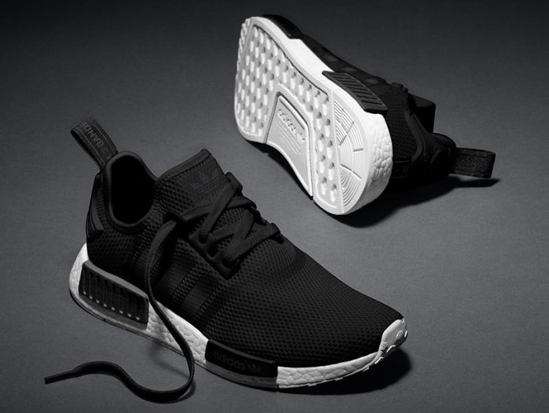 adidas nmd runner all black og