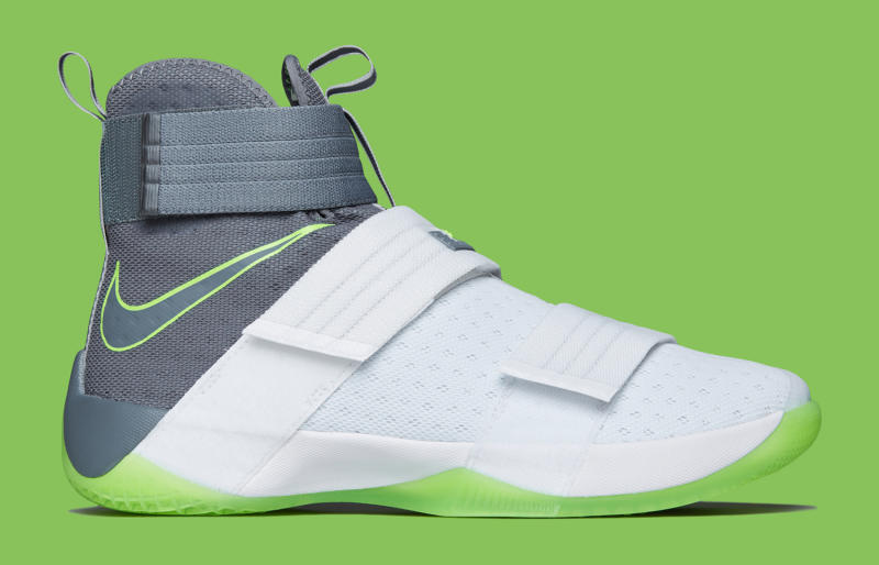 Dunkman LeBron Soldier 10 | Sole Collector