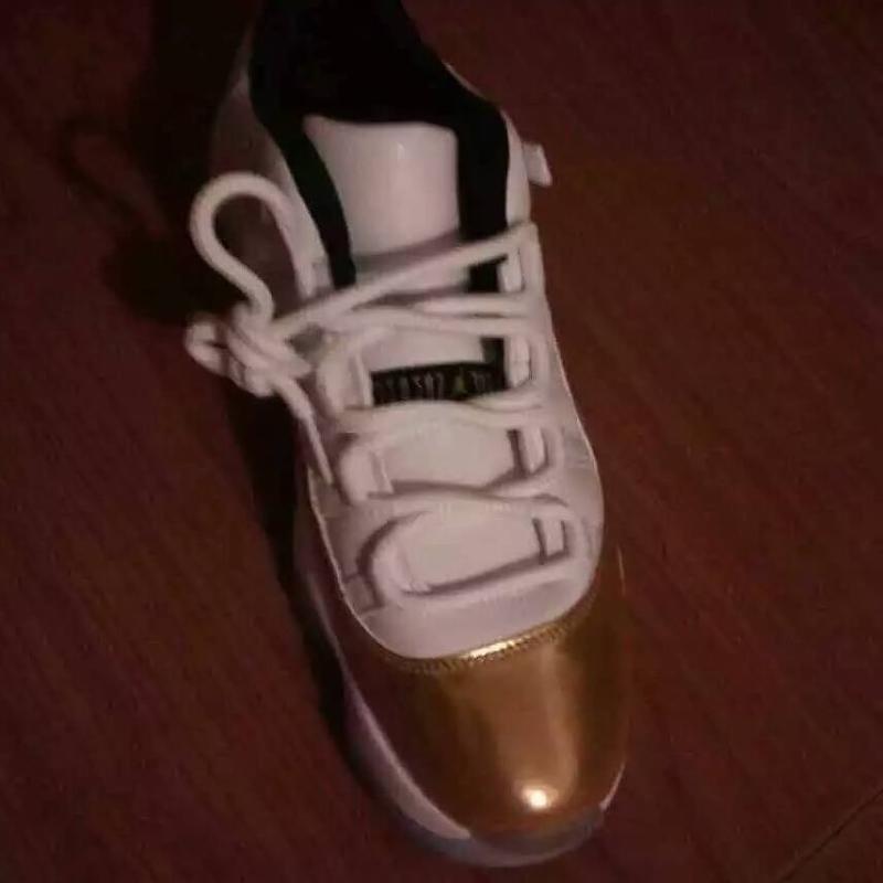 low priced a9581 00da4 Air Jordan XI 11 Low Gold