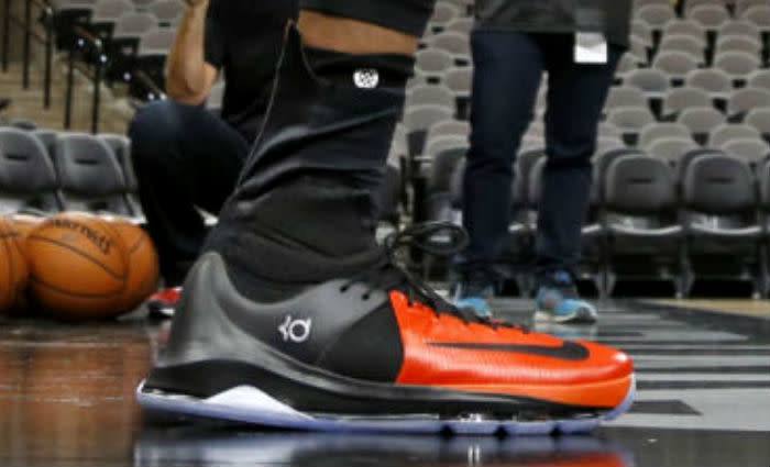 Kevin Durant Debuts the Nike KD 8 Elite