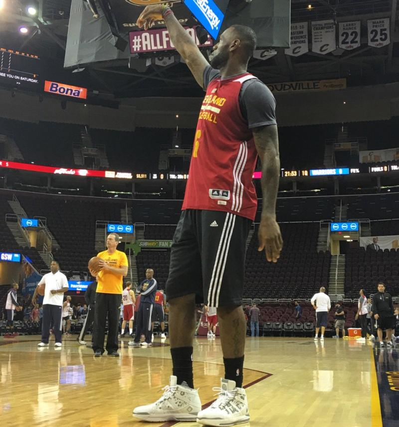 lebron james wearing lebron 3 finals practice sole collector