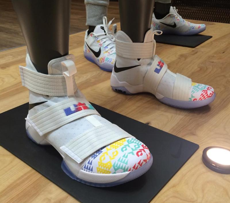 Nike Basketball The Academy Sneakers