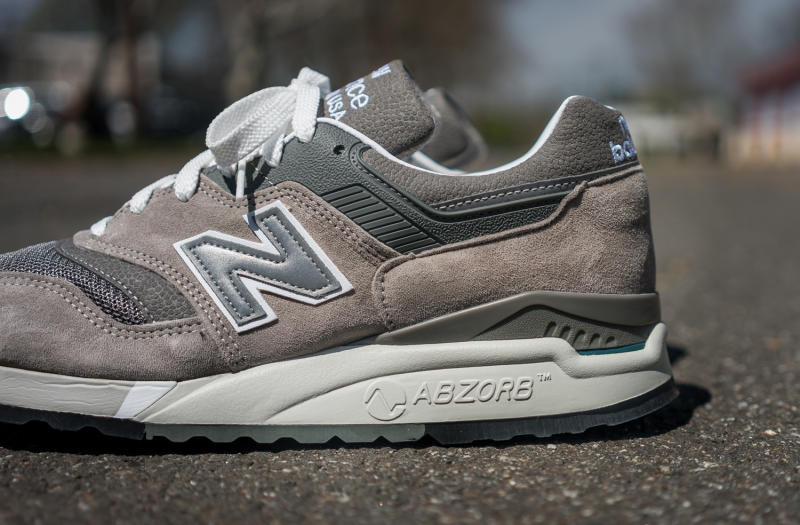 new balance 997 wolf grey