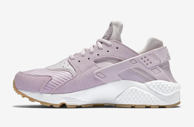check out 823c8 ef796 Nike Air Huarache Easter