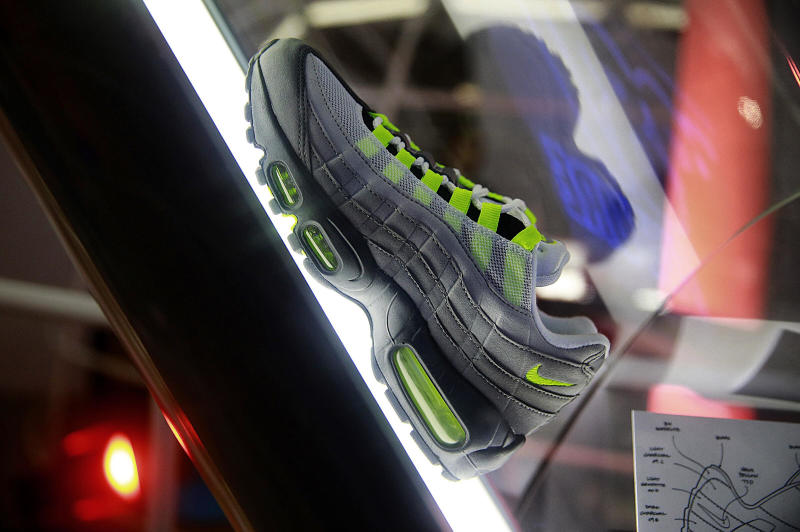 1c91c8e68c03d Inside Nike Air Max Con Hong Kong (2)